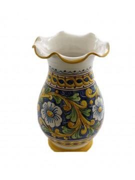 Vase worked in Sicilian ceramic art.16 dec. Baroque