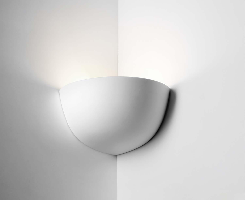 Applique angolare moderno luce coll