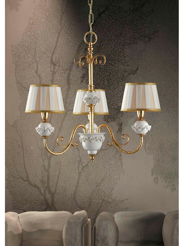 Classic chandelier in iron with gold leaf 3 lights LS 150/3