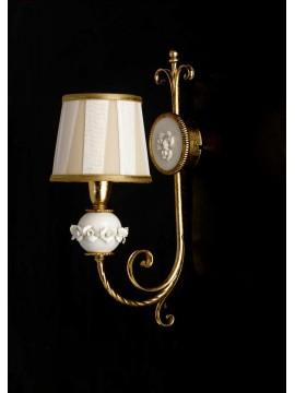 Applique classico in ferro battuto porcellana foglia oro 1 luce ap 150/1