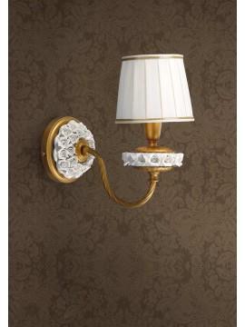 Applique classico in foglia oro con fiori in porcellana 1 luce Ap 154/1