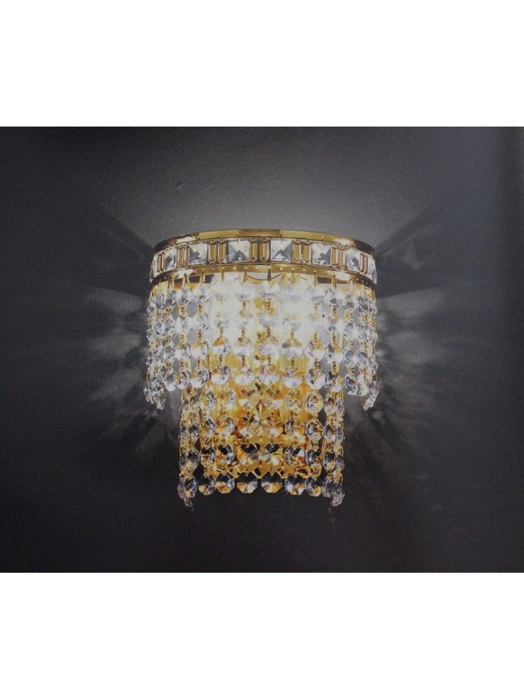 Classic 2-light crystal wall lamp with Voltolina Amsterdam pendants...