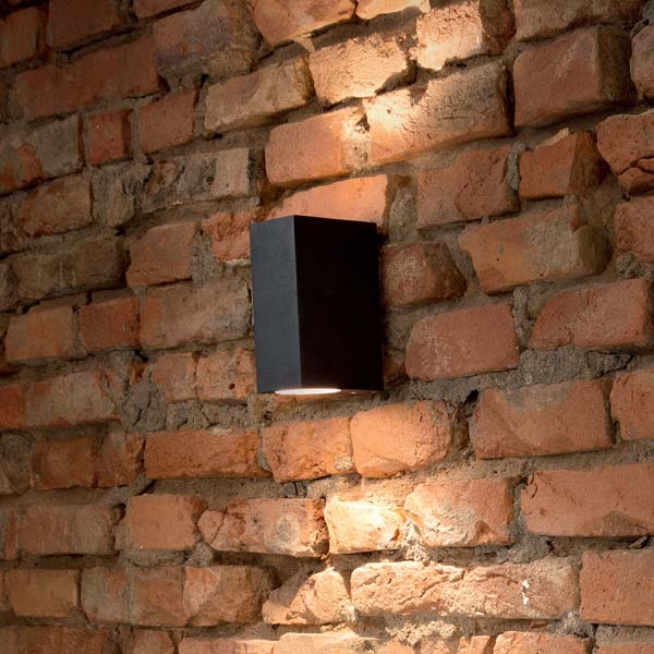 modern outdoor wall light